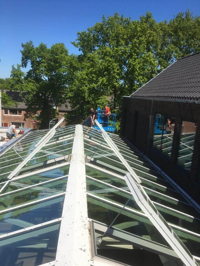 Onderhoud glazen dak vooraanzicht